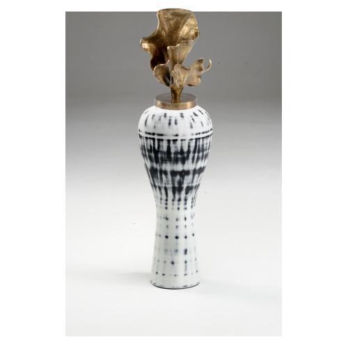 Cyrus Vase (med)