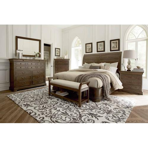 St. Germain Platform Sleigh Queen Bed