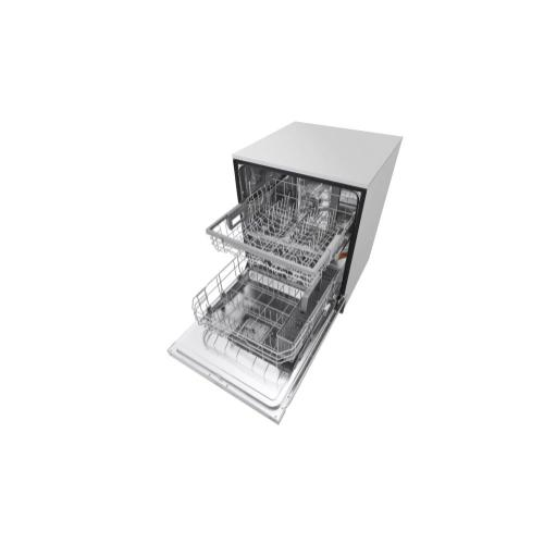LG - Front Control Dishwasher with QuadWash™ and EasyRack™ Plus