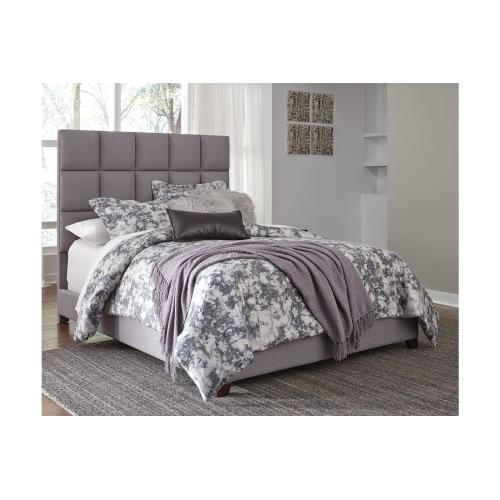 Signature Design By Ashley - Queen Upholstered Bed