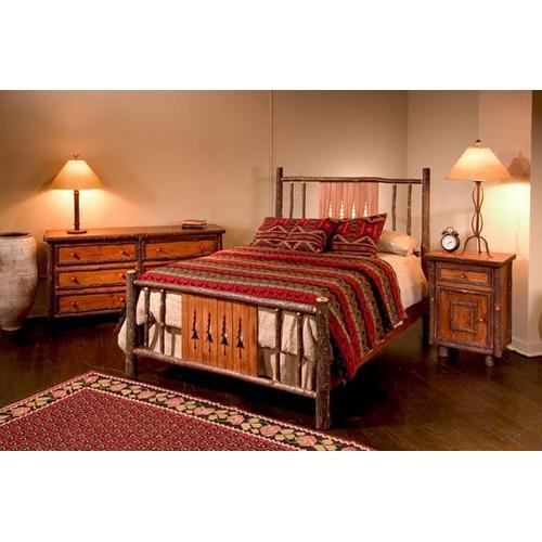 427 Pine Tree Bed (Queen Shown)