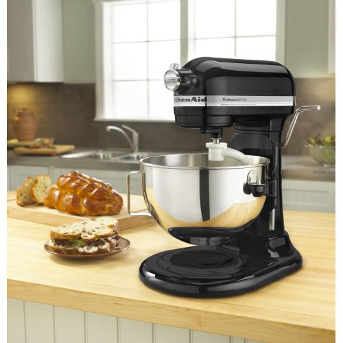 Professional 5™ Plus Series 5 Quart Bowl-Lift Stand Mixer - Onyx Black