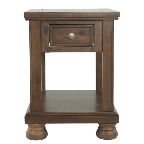 Flynnter Chairside End Table