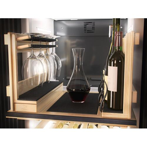 KWT 2601 Vi - MasterCool Wine Conditioning Unit For high-end design and technology on a large scale.