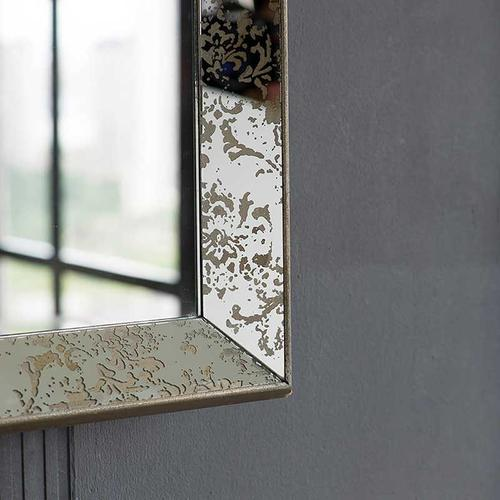Dorthea Hanging Mirror
