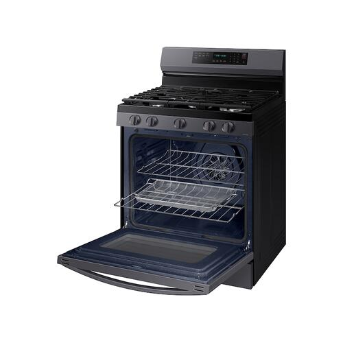 Samsung - 6.0 cu. ft. Smart Freestanding Gas Range with No-Preheat Air Fry and Convection+ in Black Stainless Steel
