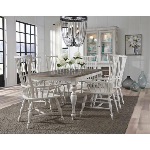Pulaski Furniture - Glendale Estates Extendable Dining Table