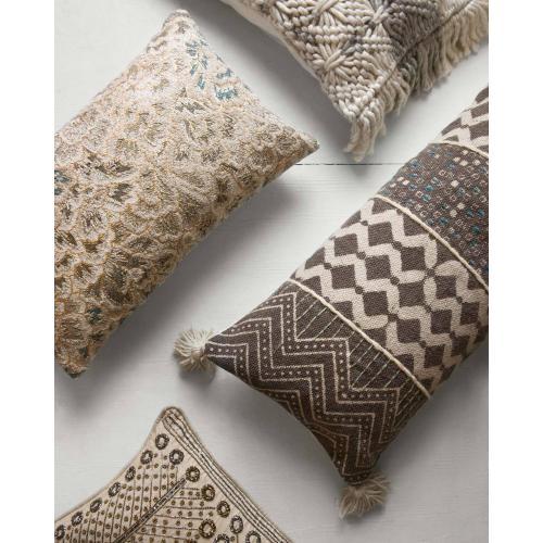 P0607 Grey / Multi Pillow