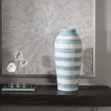 Ortun Vase