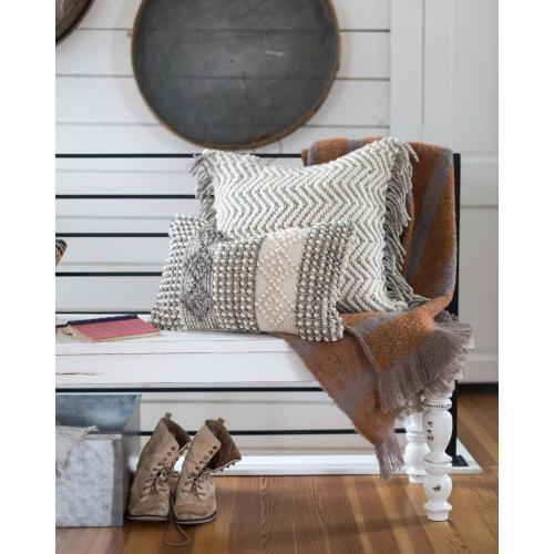 P0461 MH Grey / Ivory Pillow