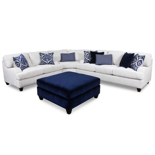 4002 Three Piece Sectional