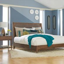 King/Textured Ash City Center Sleigh Bed