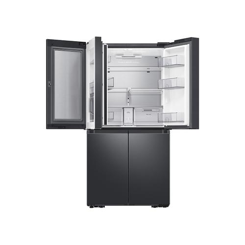 23 cu. ft. Smart Counter Depth 4-Door Flex™ refrigerator with Family Hub™ and Beverage Center in Black Stainless Steel