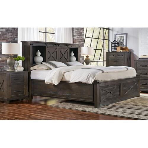 QUEEN STORAGE HDBR W/ STORAGE FOOTBOARD