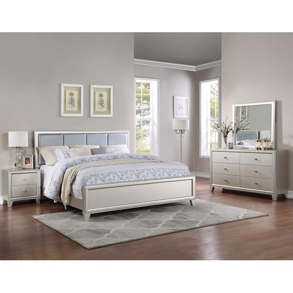 Omni 4-Piece Queen Bedroom Set (Queen Bed, Nightstand, Dresser/Mirror)