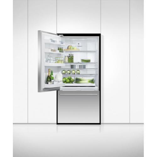 "Freestanding Refrigerator Freezer, 32"", 17.1 cu ft"