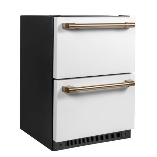 Cafe - Café™ 5.7 Cu. Ft. Built-In Dual-Drawer Refrigerator