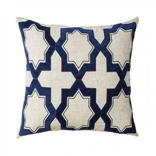Furniture of America - Eve Throw Pillow