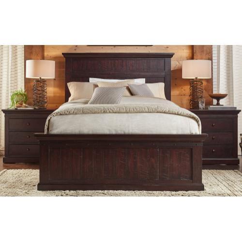 A America - Queen Bed