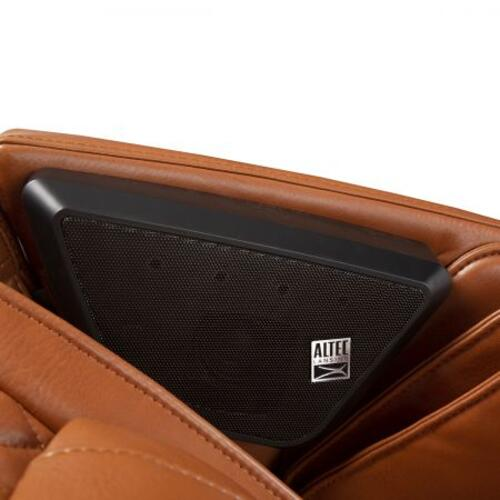 Human Touch - Super Novo Massage Chair - Saddle SofHyde