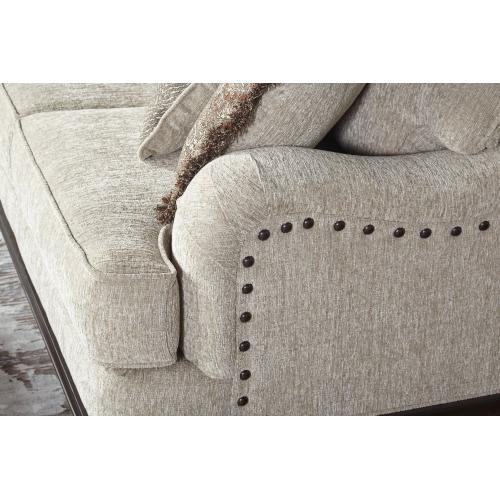 17200 Sofa