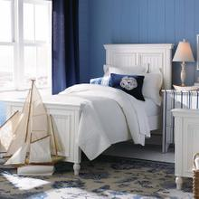 Queen/Sail Cloth Southport Panel Bed
