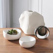 Kelp Vase-Matte White-Low