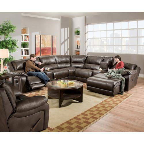Simmons Upholstery - Reclining Loveseat w/ Console