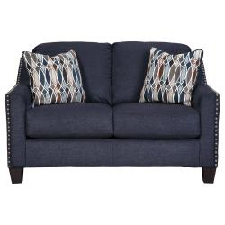 Creeal Heights Loveseat