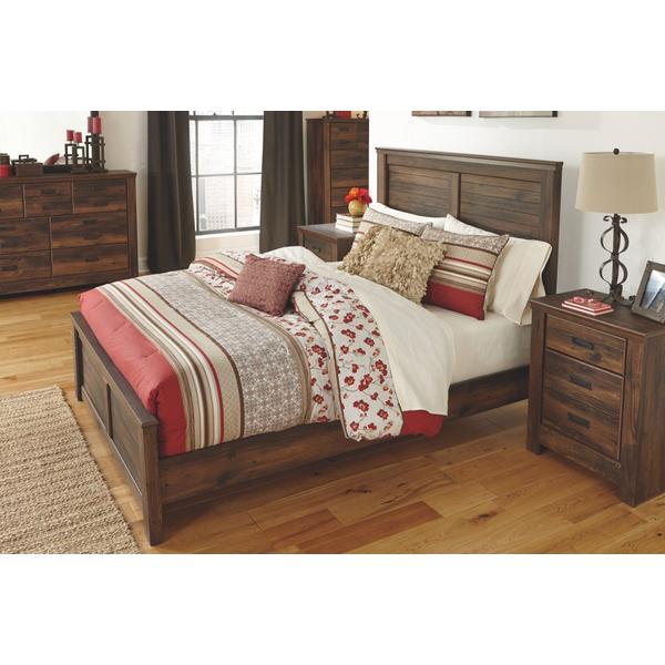 Quinden King Panel Bed