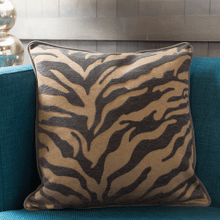 "Velvet Zebra JS-033 18"" x 18"" Pillow Shell with Down Insert"