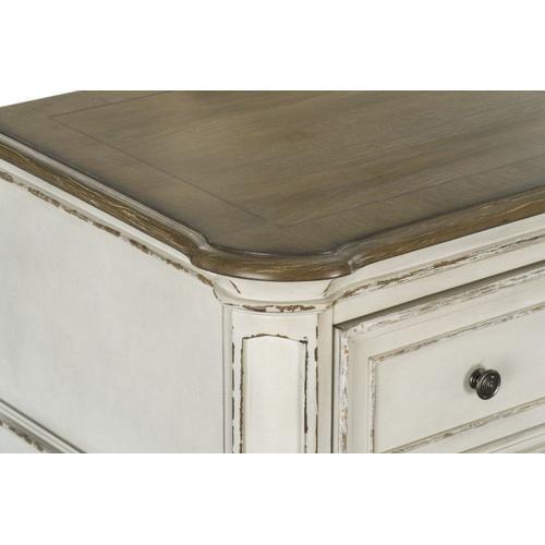 Stevenson Manor Dresser with Mirror, White