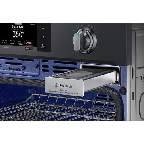 "30"" Flex Duo™ Single Wall Oven in Black Stainless Steel"