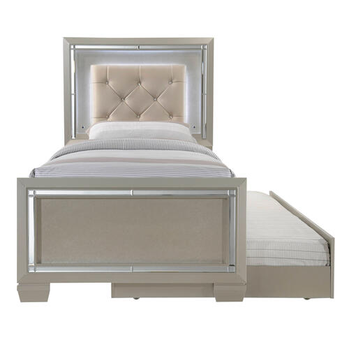 Platinum Youth Twin Platform Bed w/ Trundle