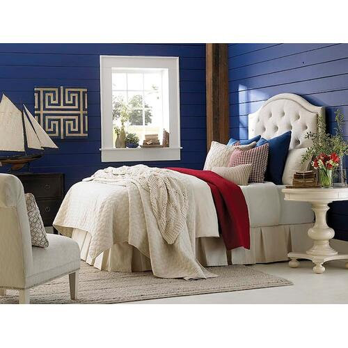 Custom Uph Beds Manhattan Rectangular King Headboard, Footboard None, Insert Type Tufted