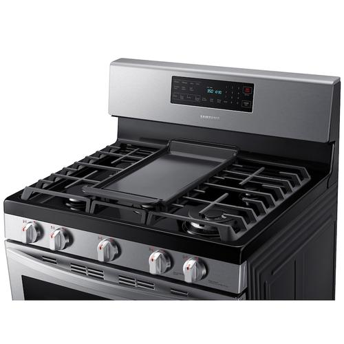 Samsung - 5.8 cu. ft. Freestanding Gas Range with Air Fry and Convection in Stainless Steel