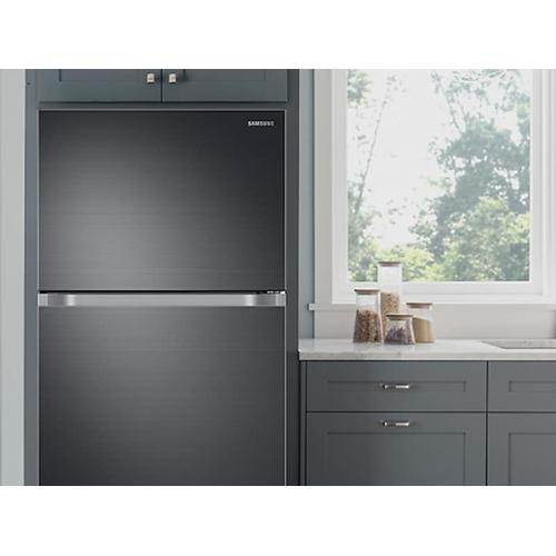 21 cu. ft. Top Freezer Refrigerator with FlexZone™ and Ice Maker in Black Stainless Steel