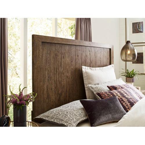 American Drew - Trenton Queen Panel Bed Complete