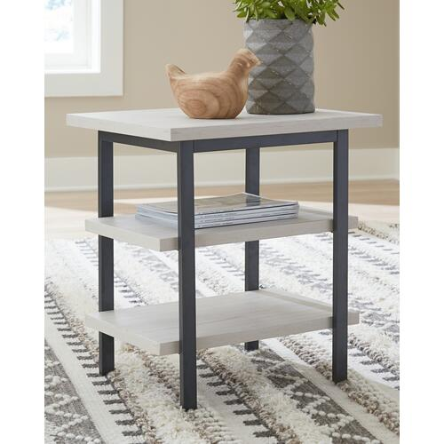 Gallery - Bayflynn End Table (set of 2)