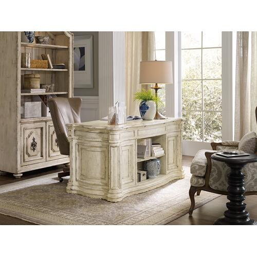 Product Image - Lynn Executive Swivel Tilt Chair
