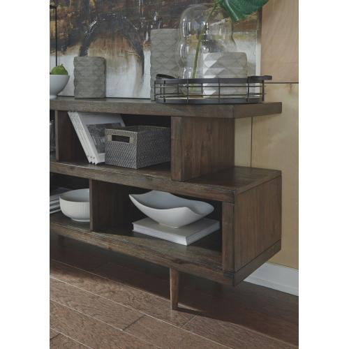 Kisper Dining Room Server