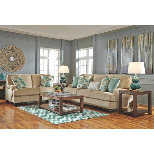 Lochian Loveseat