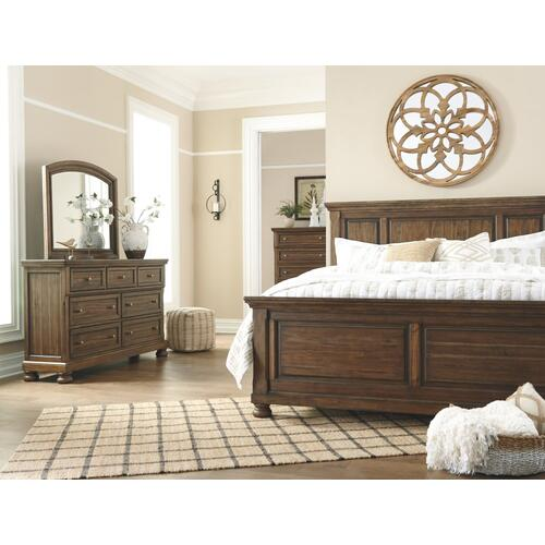Flynnter King Panel Bed