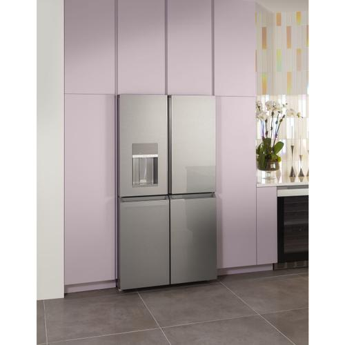 Café ENERGY STAR® 27.4 Cu. Ft. Smart Quad-Door Refrigerator in Platinum Glass