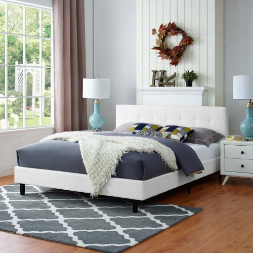 Linnea Queen Fabric Bed in White