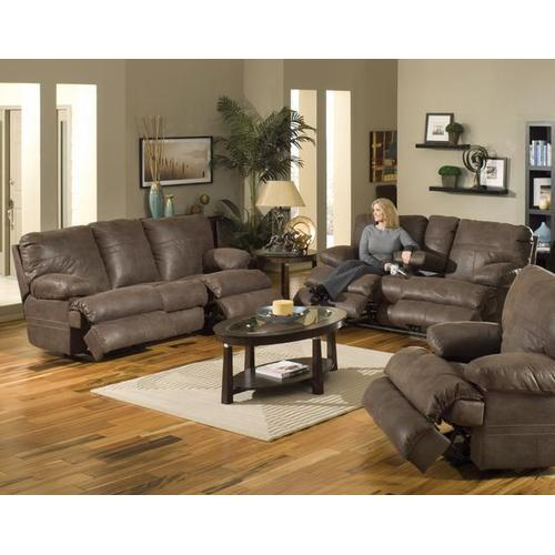Loveseat w/Console Cupholders & Storage