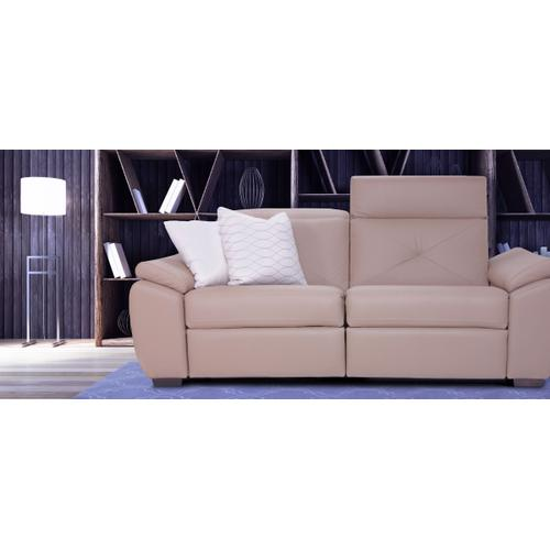 Sorrento Apartment sofa (169-170; Wood legs - Cognac C33)