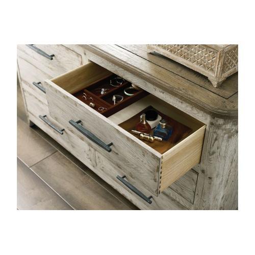 Kennewick Dresser
