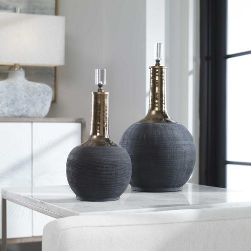 Arnav Bottles, S/2