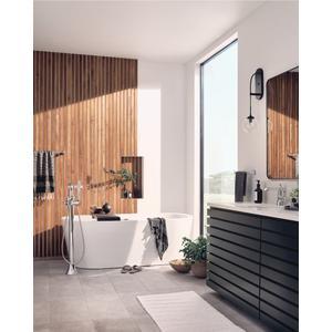 Flara chrome hand towel bar